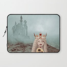 Runaway Queen Laptop Sleeve