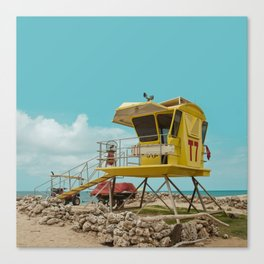 T7 Lifeguard Station Kapukaulua Beach Paia Maui Hawaii Canvas Print