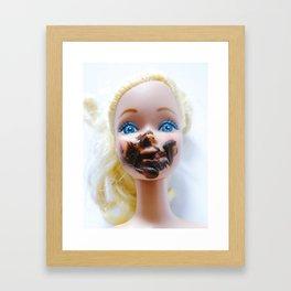 Chica chocoholica Framed Art Print