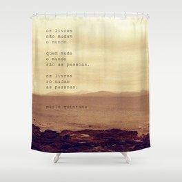 Os Livros Shower Curtain