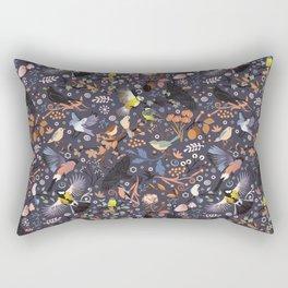 Tweet, tweet in the garden Rectangular Pillow