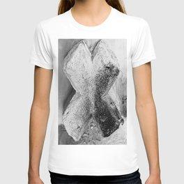 Beton Cross T-shirt