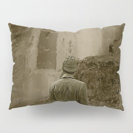 Longing for Holmes Pillow Sham