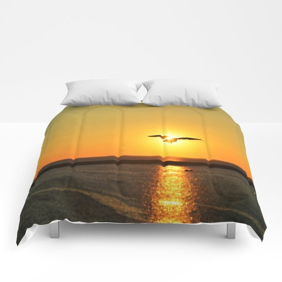 Icarus Vacationing in San Diego, California  Comforters
