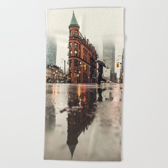 RAIN - WET - MAN - LIGHT - STREET - PHOTOGRAPHY Beach Towel