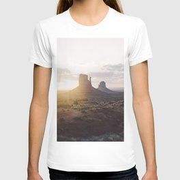 Sunrise over Monument Valley T-shirt
