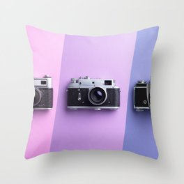 Multiple vintage cameras Throw Pillow