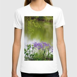 Sweet William on the Bourbeuse River at Devil's Back Floats T-shirt