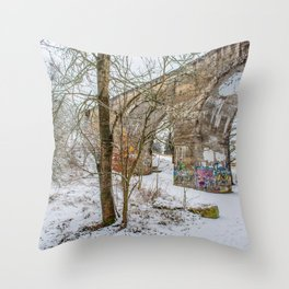 DE - Baden-Württemberg : Viadukt Laupheim Throw Pillow