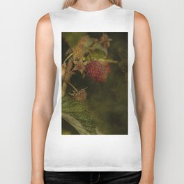 wild berries #5 Biker Tank