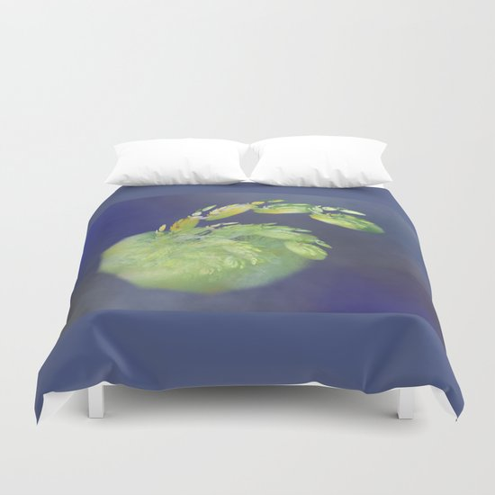 one green Apple   (A7 B0232) Duvet Cover