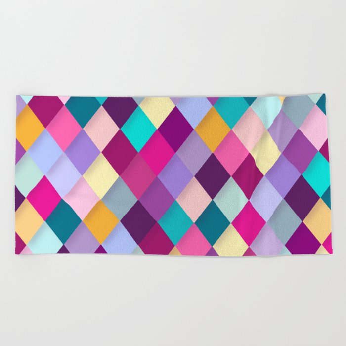 COLORFUL GEOMETRIC PATTERN Beach Towel