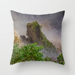 Rock showing in the waterfall Throw Pillow