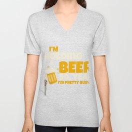 I'm keeping a beer JGA gift Unisex V-Neck