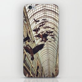 bird christmas shopping iPhone Skin