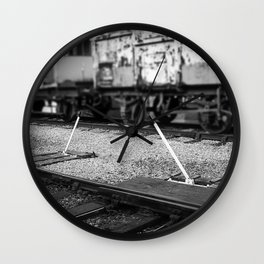 Point Lever Wall Clock