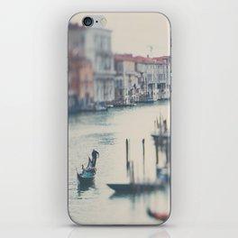 winter in Venice ... iPhone Skin