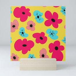 Funky poppies (golden background) Mini Art Print