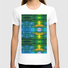 Water Lily Illusions T-shirt