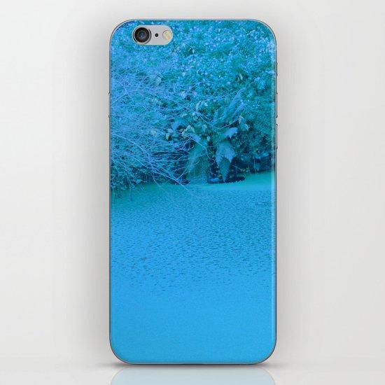 xuxu walk iPhone & iPod Skin