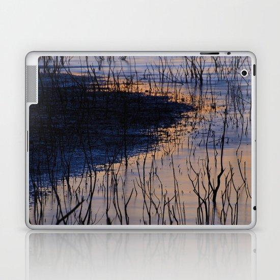 curved line Laptop & iPad Skin