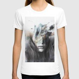 Abstract elegance ... T-shirt