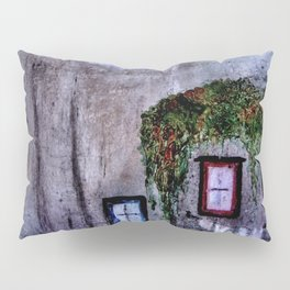 Houses in Milan in the evening Italy Pillow Sham