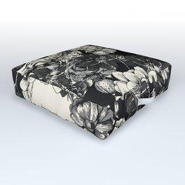 SKULLS HALLOWEEN SKULL Outdoor Floor Cushion