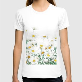 white margaret daisy horizontal watercolor painting T-shirt