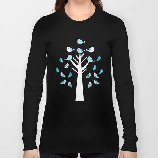 Birds in a tree Long Sleeve T-shirt