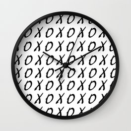 X O PATTERN Wall Clock