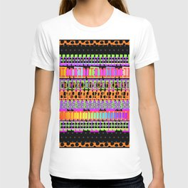 ABSTRACT WITH JAGUAR BORDER T-shirt