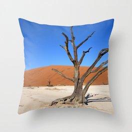 Skeleton tree in Namibia Throw Pillow
