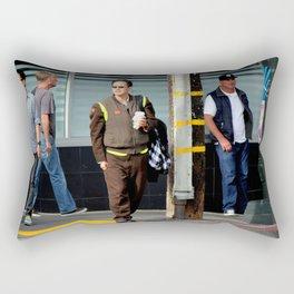 Uniform Divergence Rectangular Pillow