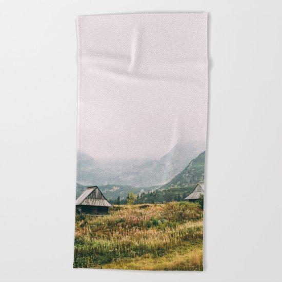 Hala Gasienicowa Autumn Beach Towel