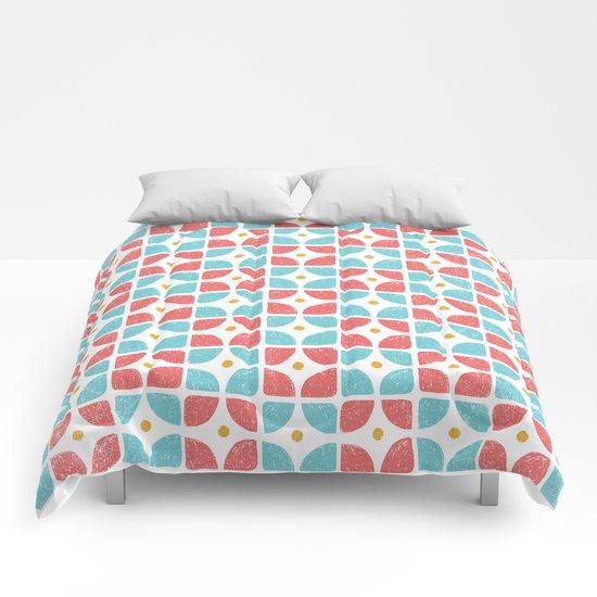 GEOMETRIC 004 Comforters