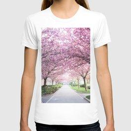 Sakura tree street T-shirt