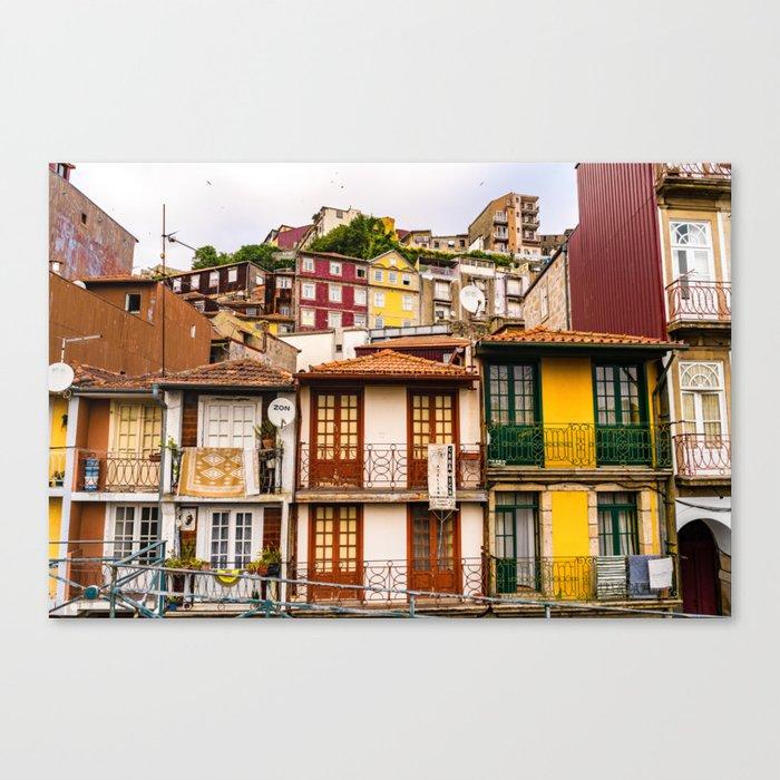 Portuguese Neighborhood Leinwanddruck