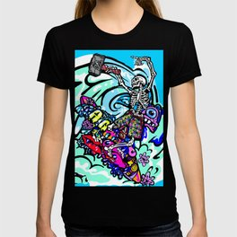 Wipe out! Gnarly surfing skeleton T-shirt
