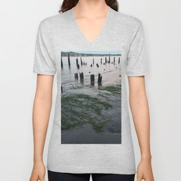 Water plants at low tie Unisex V-Neck