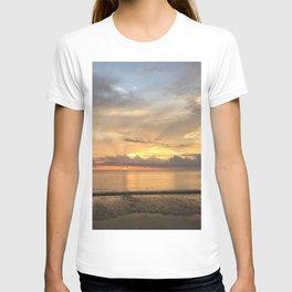 Daintree rainforest Oceanside sunrise T-shirt