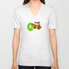 o for owl Unisex V-Neck