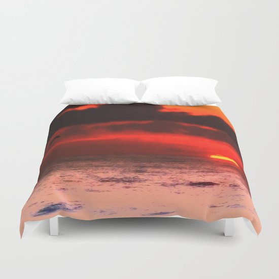 Pelican at Sunrise Duvet Cover