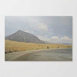 Sunday stroll around Idwal Canvas Print