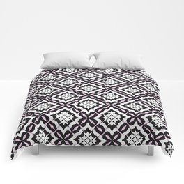 Three-Color Mosaic Comforters