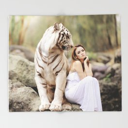 White Tiger from Bengal | Tigre blanc du Bengale Throw Blanket
