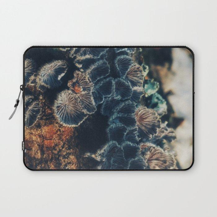 Tree Fungus Branch Vertical Laptop Sleeve