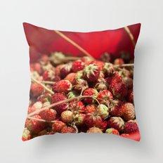 Wild Strawberries  4119 Throw Pillow