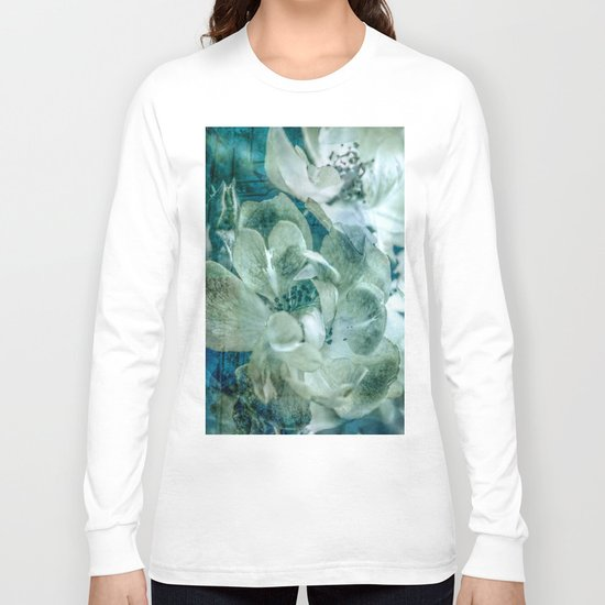 Dreaming of roses Long Sleeve T-shirt
