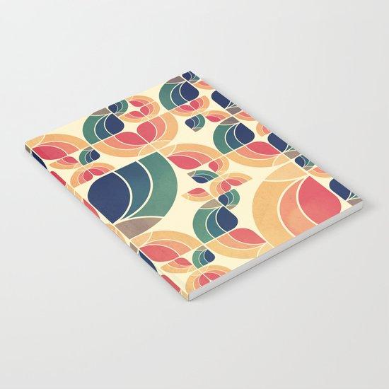 Vintage Garden Pattern v.3 Notebook
